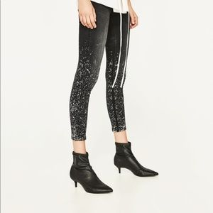 NWT Zara mid-rise paint splattered crop jeans